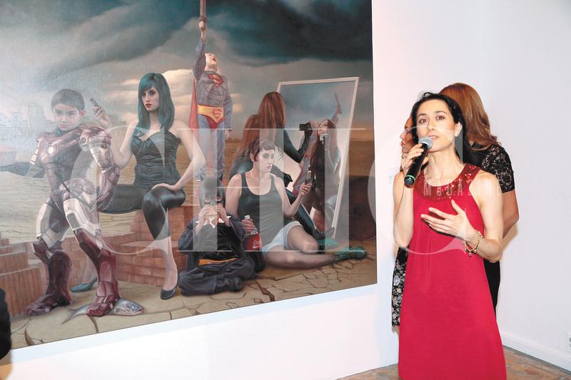 Chic magazine el milenio visto por el arte avelina for Exposicion 4 milenio horario